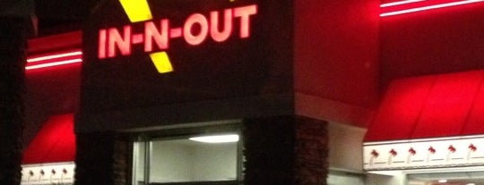 In-N-Out Burger is one of Orte, die Anthony gefallen.