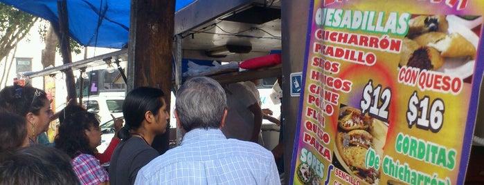 Tacos La Lupita is one of Victor Alejandro 님이 좋아한 장소.
