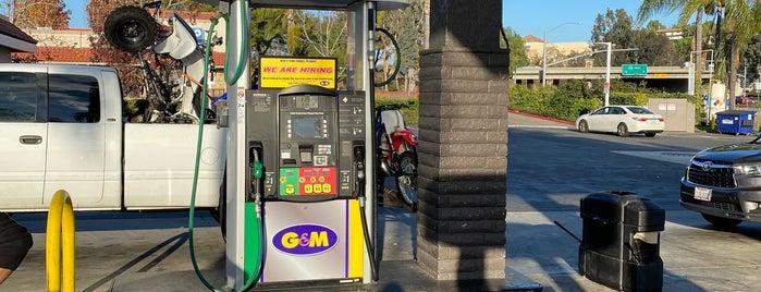 S & B Fuel is one of Lieux qui ont plu à John.