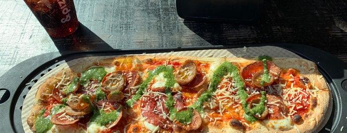 &pizza is one of Lugares favoritos de Keisha.