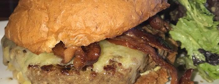 Burger Bach is one of Posti che sono piaciuti a Rachel.