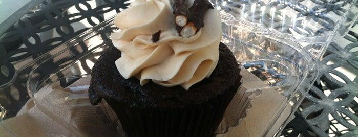 Flavor Cupcakery is one of Lieux qui ont plu à Rachel.