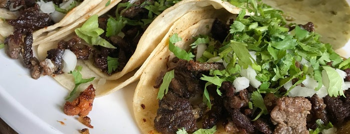 Tijuana Tacos & Deli is one of Rachel : понравившиеся места.