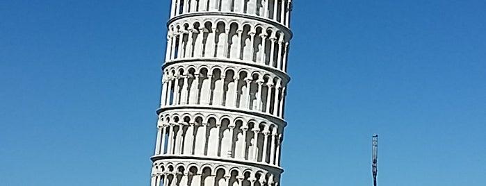 피사의 사탑 is one of Bella Italia.