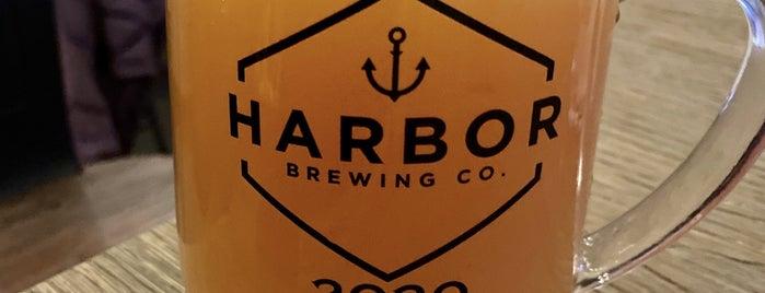 Harbor Brewing Co is one of Lugares favoritos de Mike.