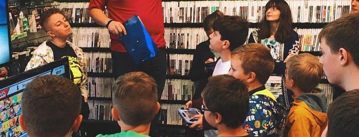 GameStop is one of Tempat yang Disukai Trey.