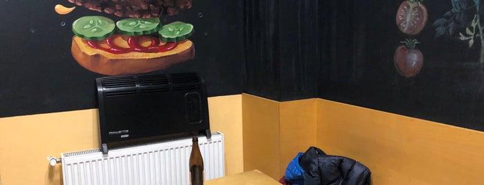 Burger Van Bistro is one of Lieux qui ont plu à Alina.