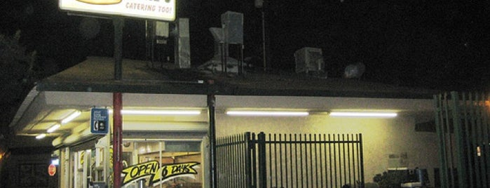 Big Mikes Burger is one of Tempat yang Disimpan Ms. Treecey Treece.