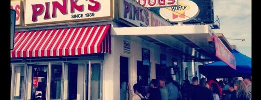 Pink's Hot Dogs is one of Locais salvos de Josie.