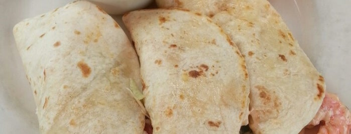 La Parrilla Mexican Restaurant is one of Chad : понравившиеся места.