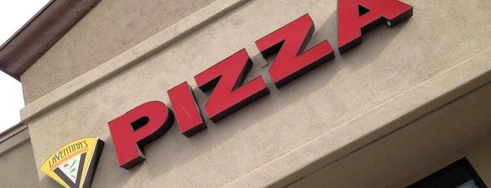 LaVentina's Pizza is one of Lieux sauvegardés par Cheearra.