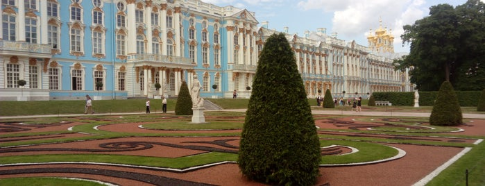 Tsarskoye Selo Museum-Preserve is one of Санкт-Петербург.