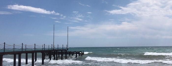 Ela Quality Resort Beach is one of Ferhat'ın Beğendiği Mekanlar.