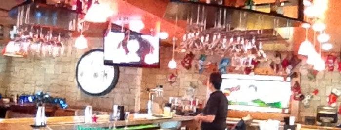 Applebee's is one of Lieux sauvegardés par Diana.