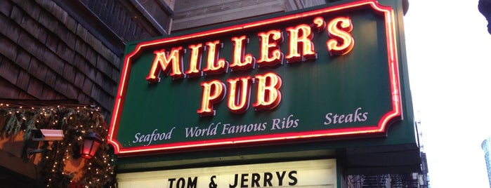 Miller's Pub is one of 20 Great Spots for a Summer Beer in Chicago.