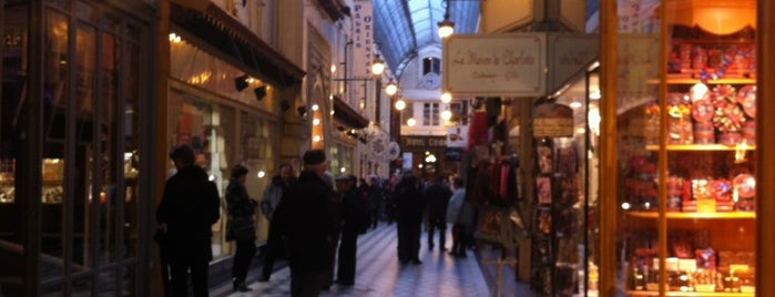 Passage Jouffroy is one of conseils Paris.