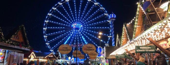 Rostocker Weihnachtsmarkt is one of สถานที่ที่ Tino ถูกใจ.