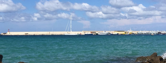 Porta Terra Ad Otranto is one of Puglia.