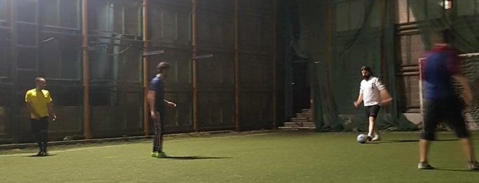 Koohestan Sport Complex is one of Lieux qui ont plu à Rozhin.