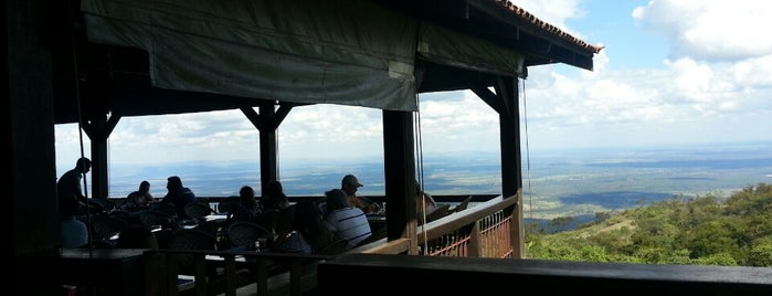 Restaurante Penhasco is one of Chapada.