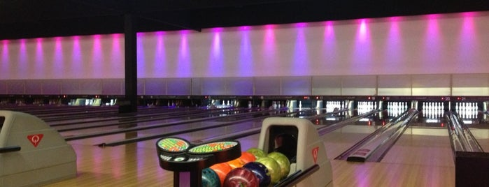 Bowling Stones is one of Talal's Liked Places.