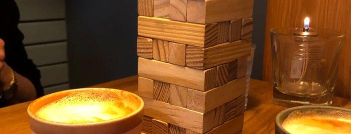 Elliot Coffee & Craft Beer is one of René: сохраненные места.