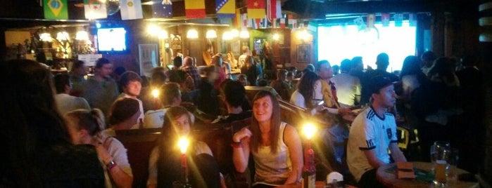 Jameson Distillery Pub is one of Die 30 beliebtesten Irish Pubs in Deutschland.