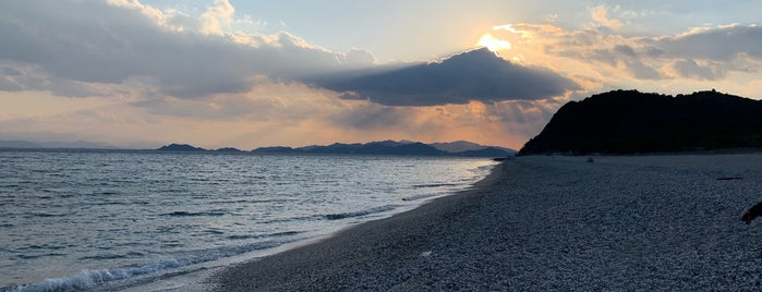 吹上海岸 is one of 日本の白砂青松100選.
