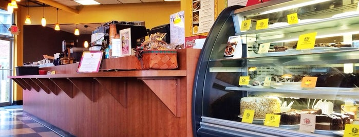 Chocolate Cafe is one of Posti che sono piaciuti a Marjorie.