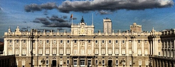 Palais royal de Madrid is one of Madrid.