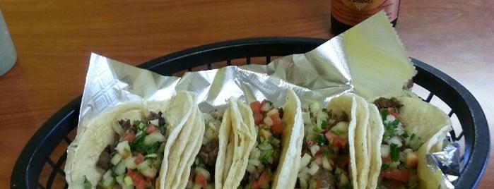 El Super Burrito is one of Must-visit Food in Cedar Rapids.