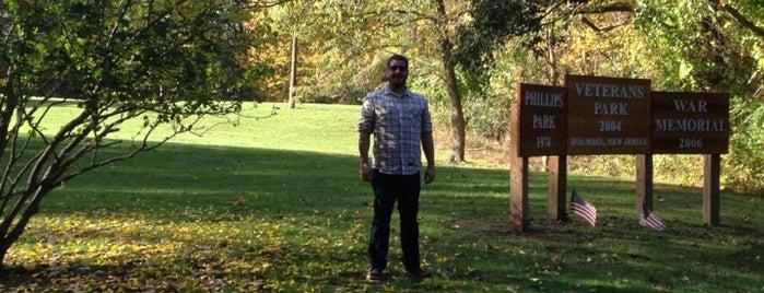 Phillips Park is one of สถานที่ที่ Jason ถูกใจ.