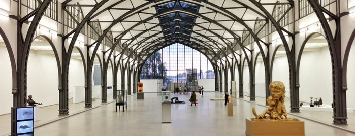 Hamburger Bahnhof – Museum für Gegenwart is one of berlin.