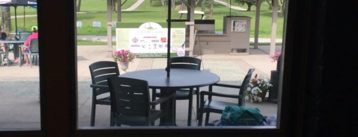 Seaforth Golf and Country Club is one of Ben'in Beğendiği Mekanlar.