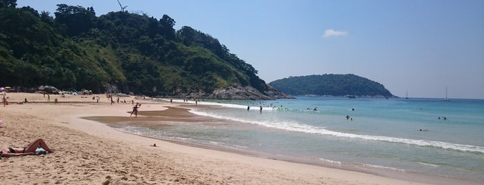 Nai Harn Beach is one of Orte, die Balobaeva gefallen.