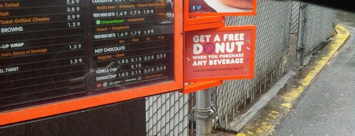 Dunkin' is one of Orte, die Joe gefallen.