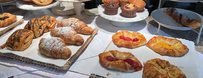 Waterfront Bakery is one of Posti che sono piaciuti a Alina.