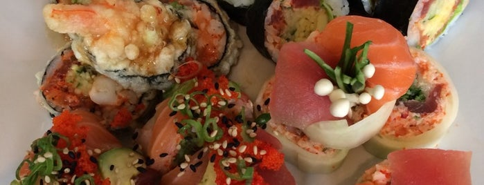 Saint Sushi Bar is one of MTL testé.