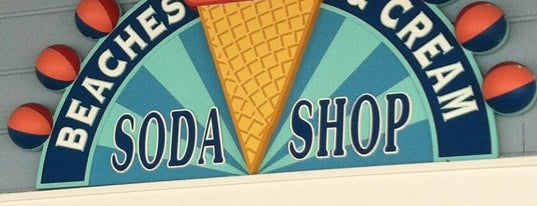 Beaches & Cream Soda Shop is one of Disney Food Places.