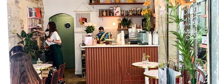 Café Berry is one of Locais curtidos por Charles.
