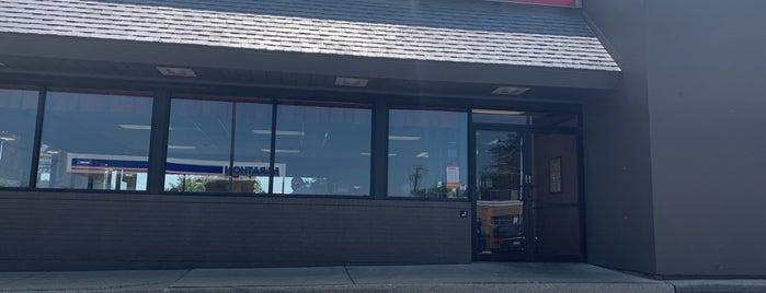 Burger King is one of Tempat yang Disukai Johnathan.