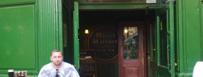 Molly Malone's is one of León Drink.