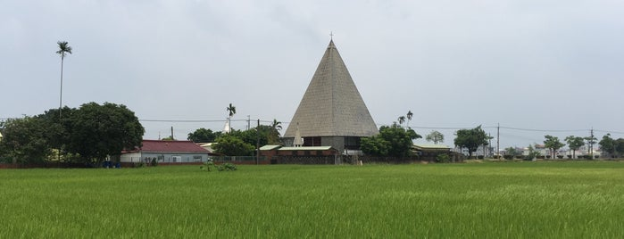 聖十字架教堂 | Holy Cross Church in Jingliau is one of Places I would like to visit in my lifetime.