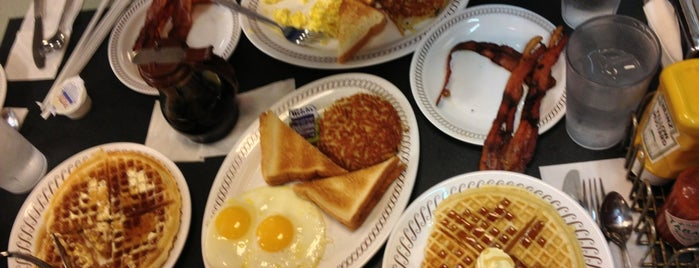 Waffle House is one of S 님이 좋아한 장소.