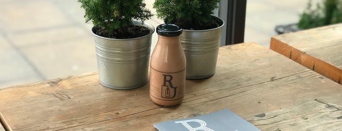 Roots Juicery is one of London.