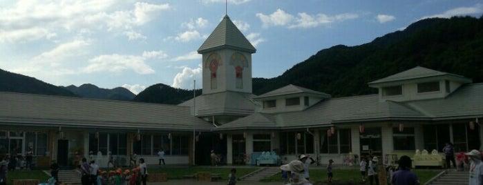 青木村保育園 is one of Posti che sono piaciuti a おとうぽん.