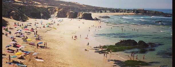 Praia do Almograve is one of Guía de Portugal.