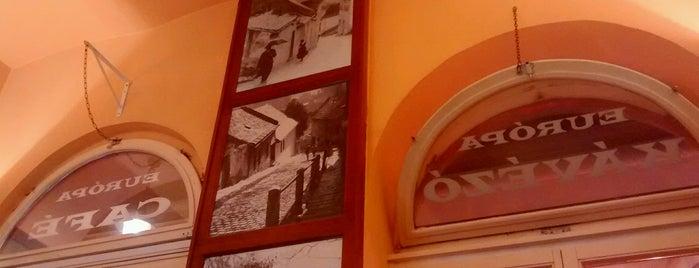 Európa Café is one of Lugares favoritos de Inna.