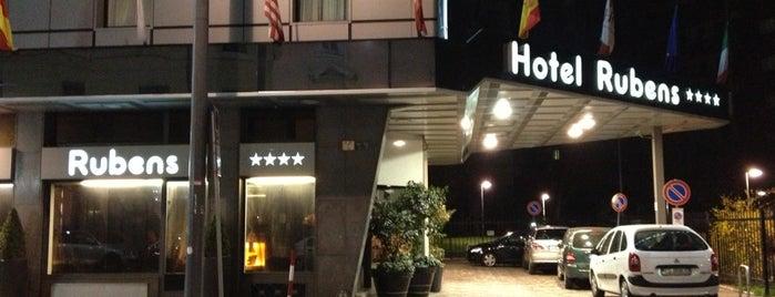 Antares Hotel Rubens is one of Lugares favoritos de Elias.
