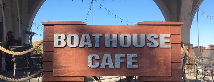 Boathouse Cafe is one of Posti salvati di Steph.